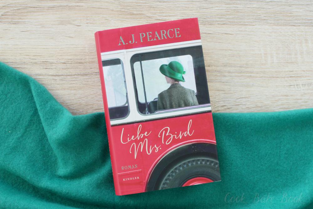 Liebe Mrs. Bird von A.J. Pearce